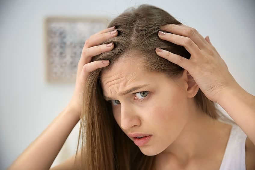 woman hair loss